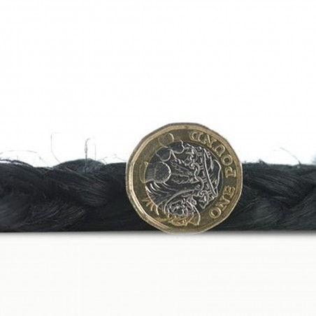 Zarla Round Rug - Black Thickness Detail