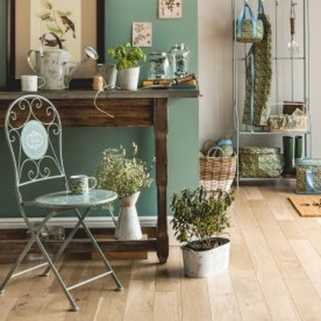 Cafe Cassis Chair - Grey mood Shot