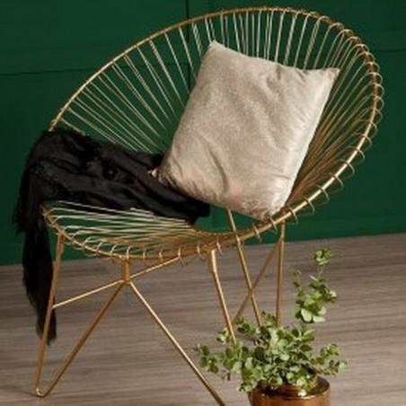 Tampico Iron Chair mood shot 1