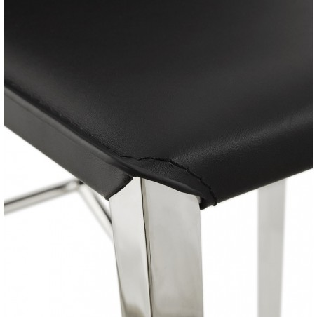 Dolor Bar Stool Black Leg Detail
