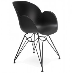 Maleficio Arm Chair Black Angle