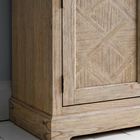 Large sideboard close up view