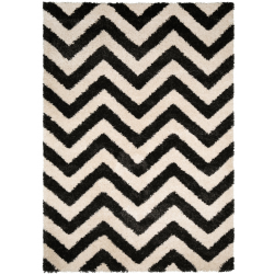 Rug black/white front view