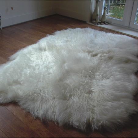 Aletta Icelandic Sheepskin Rug natural