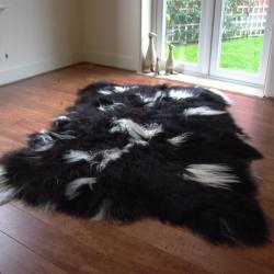 Obba Icelandic Sheepskin Rug