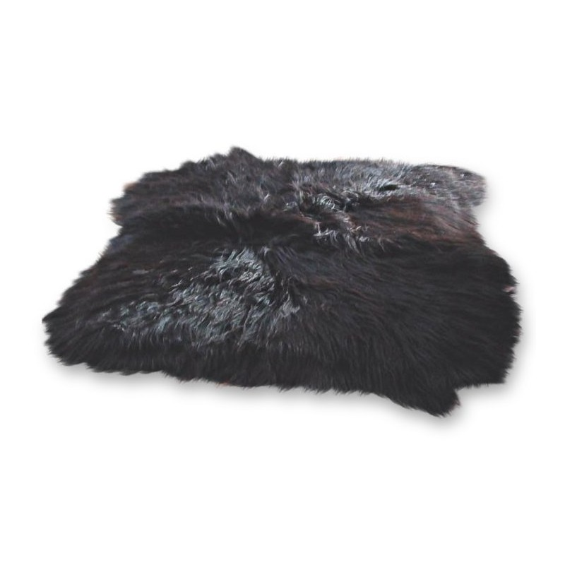 Elin Icelandic Sheepskin Rug black white background
