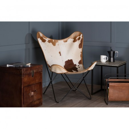 Gallo Cowhide Butterfly Chair, room setting