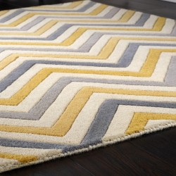 Helle Chevron Rug -Yellow Close Up
