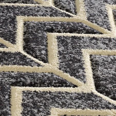 Royan Arrow Rug - Grey Pattern Detail