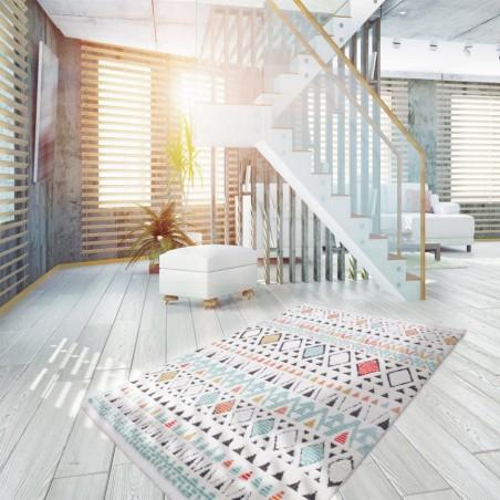 Liski Geometric Shape Rug Room shot