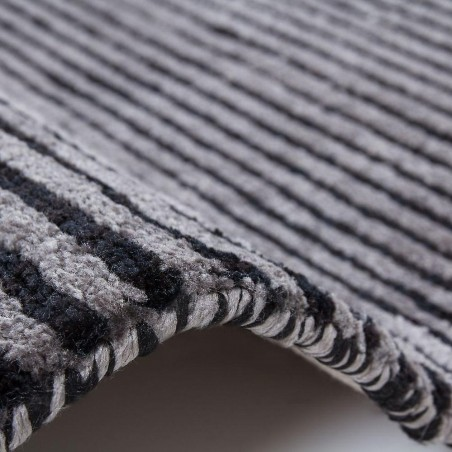 Erbe Striped Rug - Grey Pile Detail
