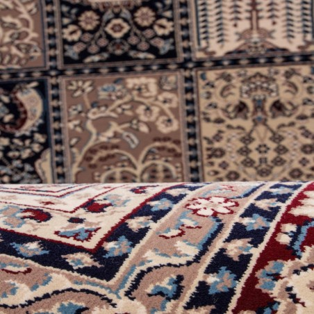 Culan Persian Patterned Rug - Red Pattern Detail