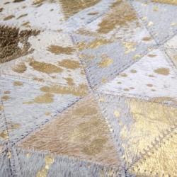 Marta Triangular Rug - Gold Pattern detail