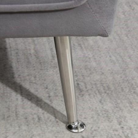 Novello Two Seater  leg Detail