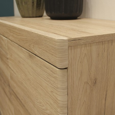 Kensington Four-Door & One Drawer Cabinet Corner Detail